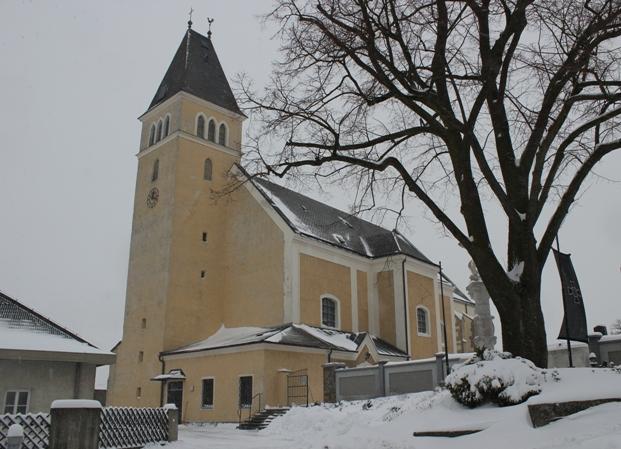 Kirche Winter 2013